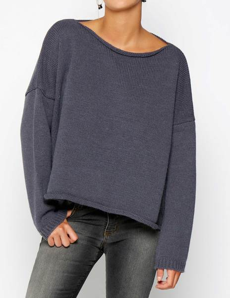Anthracite sweater with seam detail
