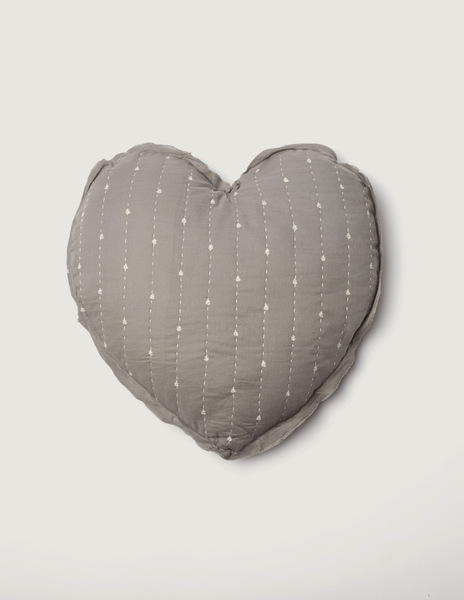 Grey bushes large heart cushion