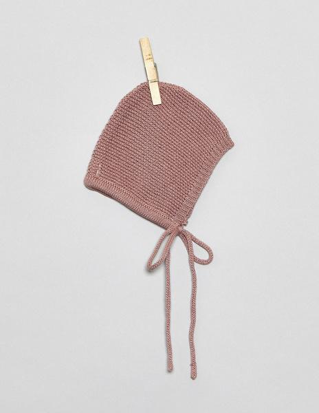 Blackberry newborn bonnet