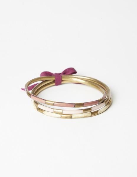 Pack pink bracelets