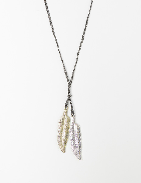 Two silver leafs necklace