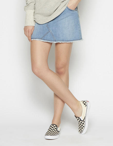 Frayed denim mini-skirt