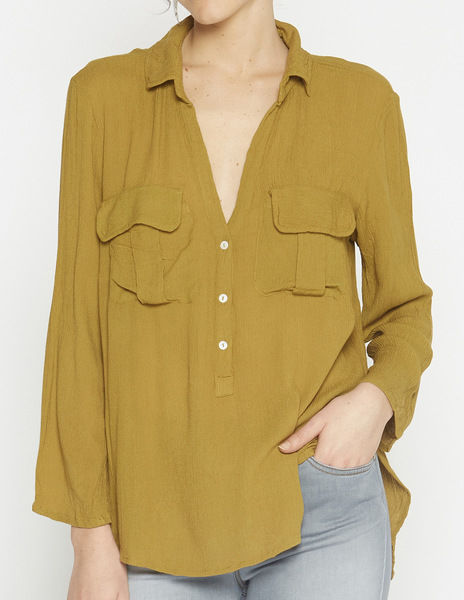 Mustard flap top with pockets