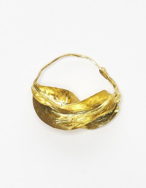 Gold maxi earrings